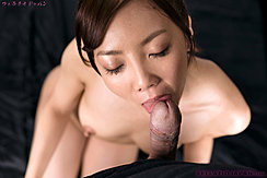 Yoshida Mio Licking Cock Head Bare Breasts Long Nipples