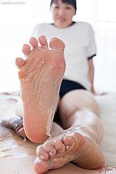 Bare Foot Raised Cum Over Her Feet