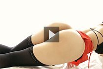 Yokoyama Natsuki Posing In Underwear And Stockings And Footjob